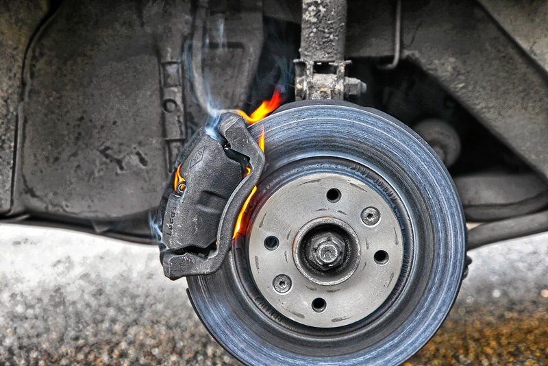 Утилизация тормозных колодок: какие основные правила?