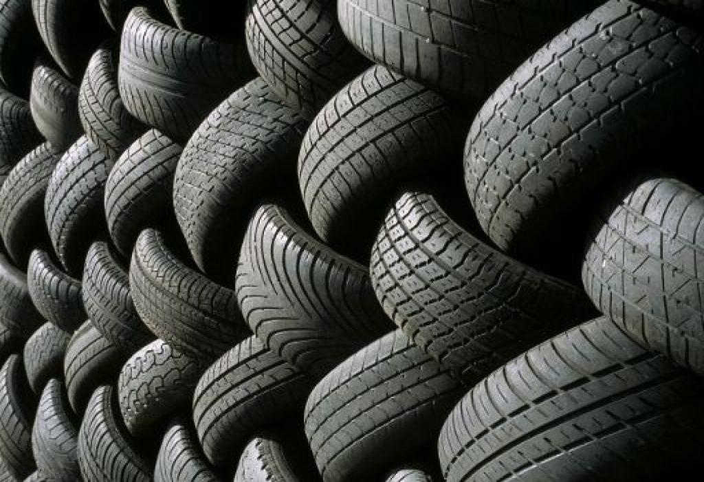 Команда вчених винайшла новий спосіб утилізації шин: тепер процес стане екологічнішим та простішим